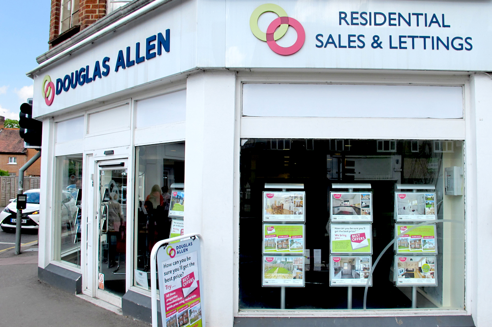 Loughton Estate Agent