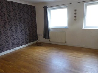 3 bedroom town house in Gravesend