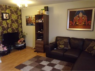 3 bedroom first floor apartment in Newbury Park, Ilford