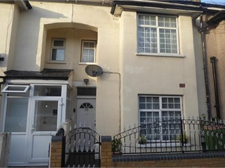 3 bedroom terraced house in London E6