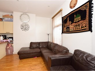 3 bed first floor converted flat in Ilford