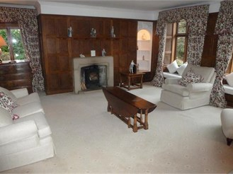 4 bedroom detached house in Epping