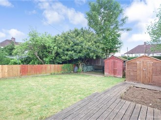 6 bedroom semi-detached house in Maidstone