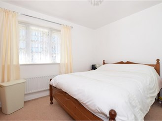 3 bedroom terraced house in Northfleet, Gravesend
