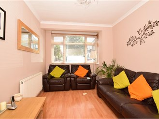4 bedroom terraced house in Woodford Green