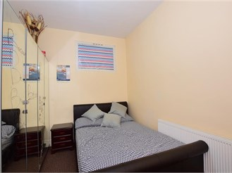 2 bedroom ground floor maisonette in Manor Park, London