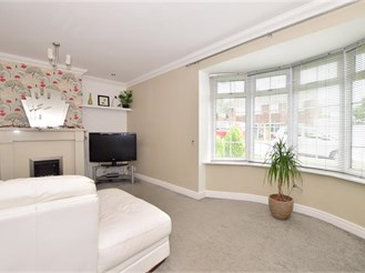 3 bedroom semi-detached house in Hoo, Rochester