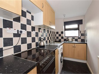 2 bedroom first floor flat in Brentwood