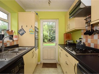 4 bedroom semi-detached house in Woodford Green