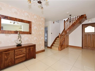 5 bedroom detached house in Woodford Green