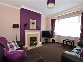 3 bedroom terraced house in Chadwell Heath