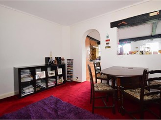 2 bedroom terraced house in Chingford