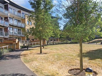 2 bedroom first floor flat in Greenhithe
