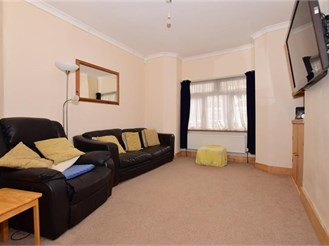 3 bedroom terraced house in Dartford
