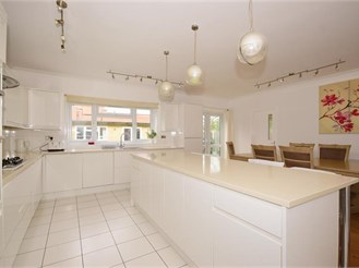 7 bed semi-detached house in Wanstead