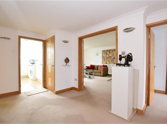 3 bedroom first floor flat in Woodford Green