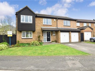 5 bedroom detached house in Lords Wood, Chatham