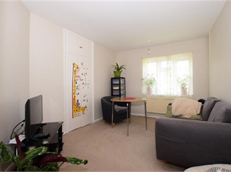 1 bedroom top floor flat in Loughton