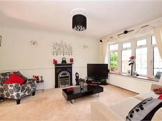 4 bedroom detached house in Chelmsford