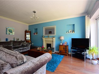 4 bedroom detached bungalow in Chigwell