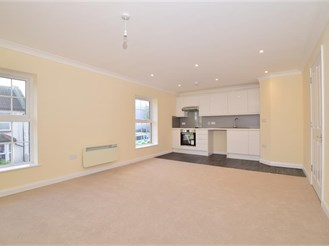 2 bedroom first floor apartment in Gravesend
