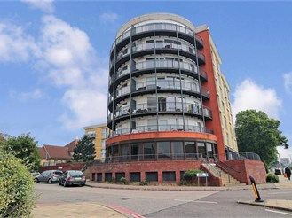 1 bedroom flat in Ilford