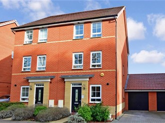 3 bedroom town house in Basildon