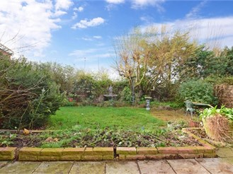 4 bedroom detached house in Wickford