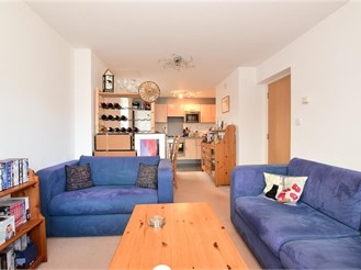 2 bedroom flat in Walthamstow, London