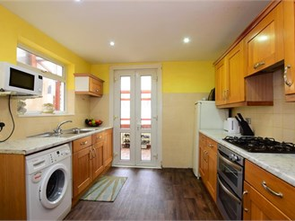 3 bedroom terraced house in London E7