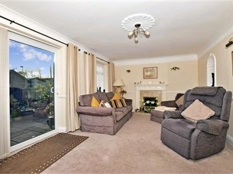 4 bedroom semi-detached house in Lords Wood, Chatham