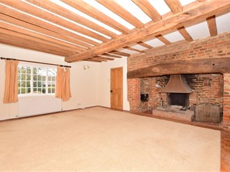 5 bedroom detached house in Upchurch