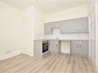 1 bed top floor converted flat in Sheerness