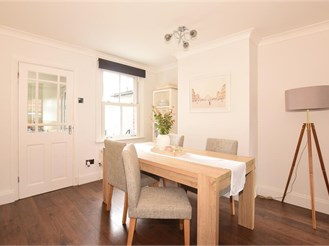 2 bedroom terraced house in Warley, Brentwood