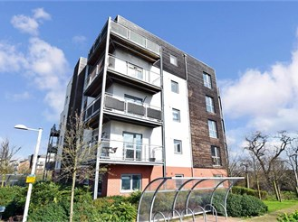 2 bedroom ground floor flat in Dartford
