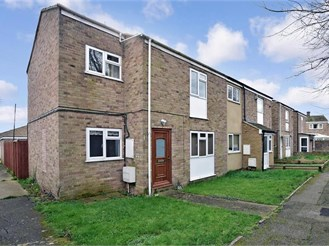 3 bedroom end of terrace house in Allhallows, Rochester