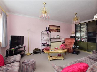 1 bedroom second floor retirement flat in Wanstead