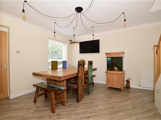 4 bedroom link-detached house in New Ash Green, Longfield