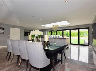 5 bedroom detached house in Chigwell