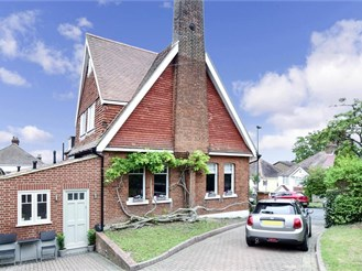 5 bedroom detached house in Sutton