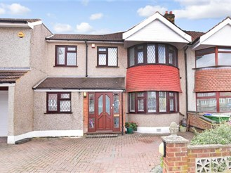 6 bedroom semi-detached house in Welling