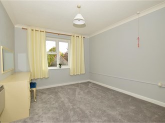 1 bed first floor retirement flat in Brentwood