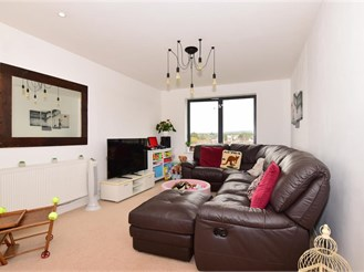 2 bedroom third floor flat in Welling