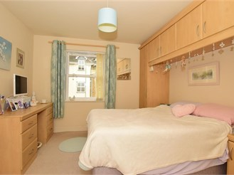 2 bedroom first floor apartment in Billericay
