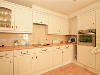 2 bed first floor apartment in Billericay