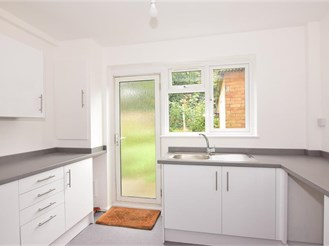3 bedroom terraced house in Chigwell