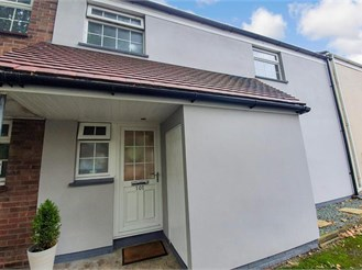 3 bedroom attached house in Brentwood