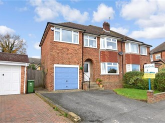 5 bedroom semi-detached house in Bearsted, Maidstone