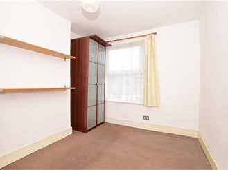 2 bed first floor converted flat in Leyton