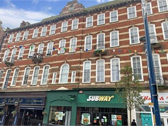 1 bed third floor flat in Dover